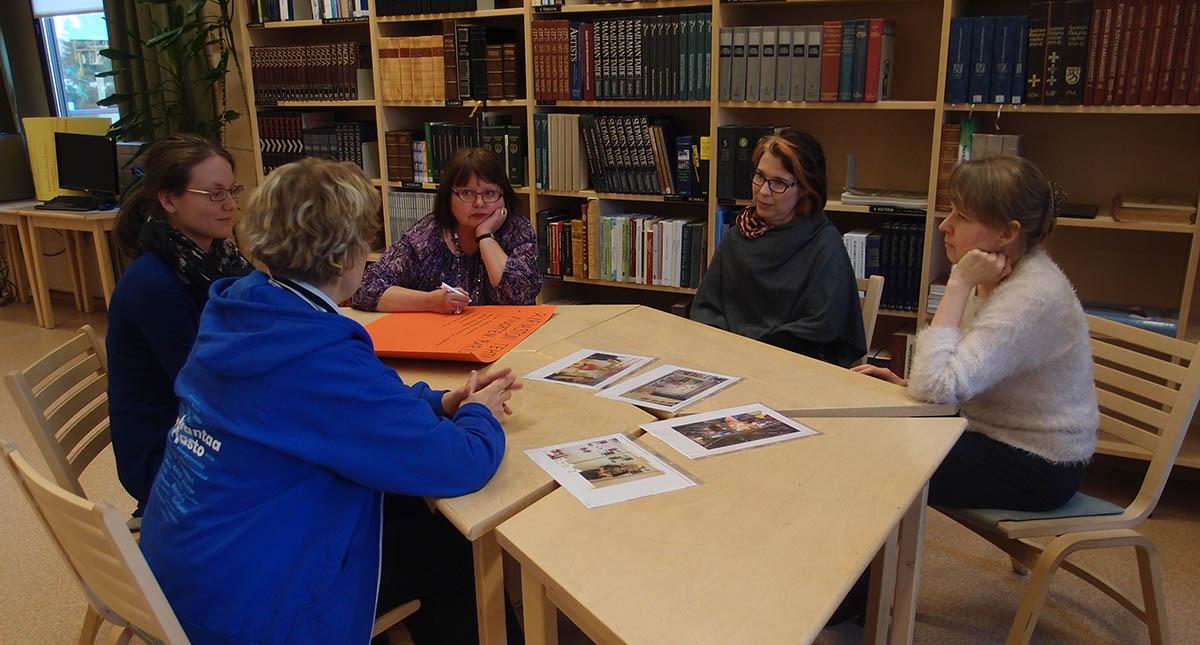 Nurmijärvellä Humak tekee yhteistyötä kirjastojen kanssa
