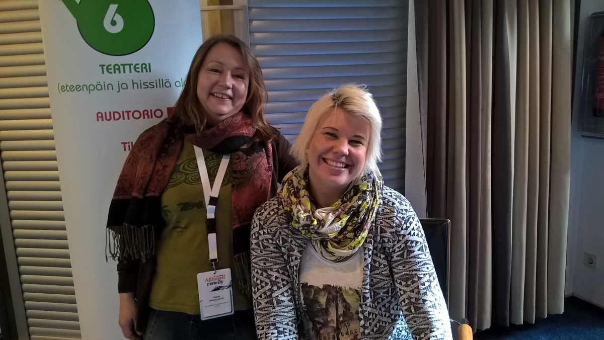 Allianssi-risteilyn työpajassa Tanja Hakoluoto ja Marjo Kolehmainen